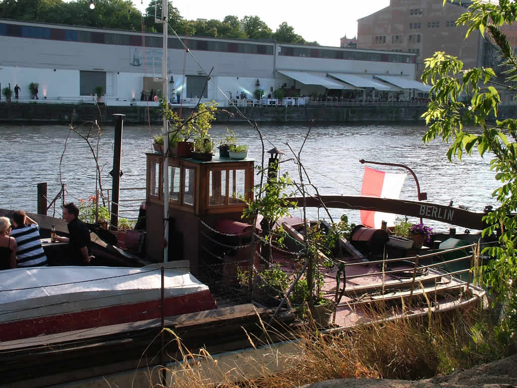 Photo: Boat on the Spree