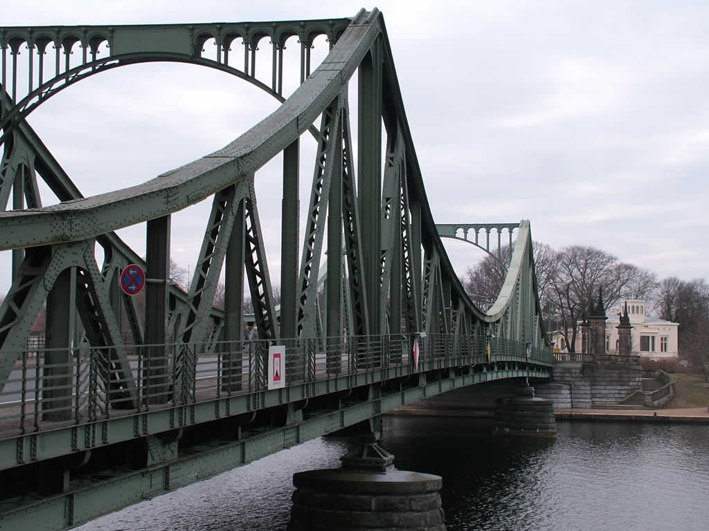 Photo: Glienicker Brücke
