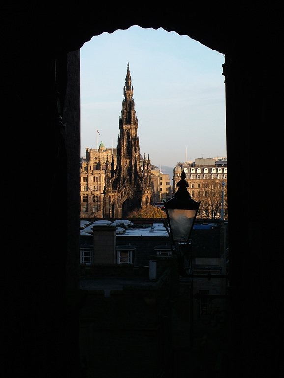 Photo: Scott Monument