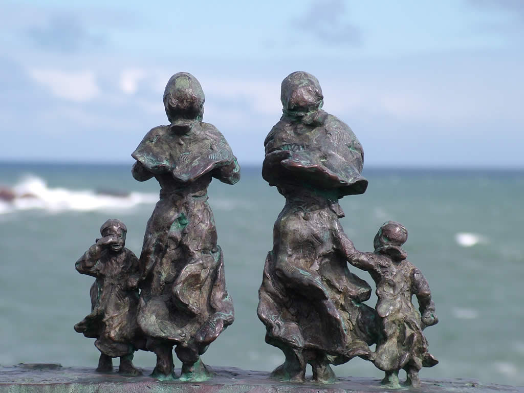Photo: East Coast Fishing Disaster memorial, St. Abbs